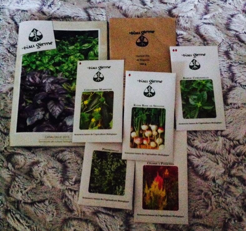 Sachets de graines de Biau Germe : Concombre Marketer, radis rose de Sézanne, Basilic citronnelle, pimprenelle, et célosie à panache