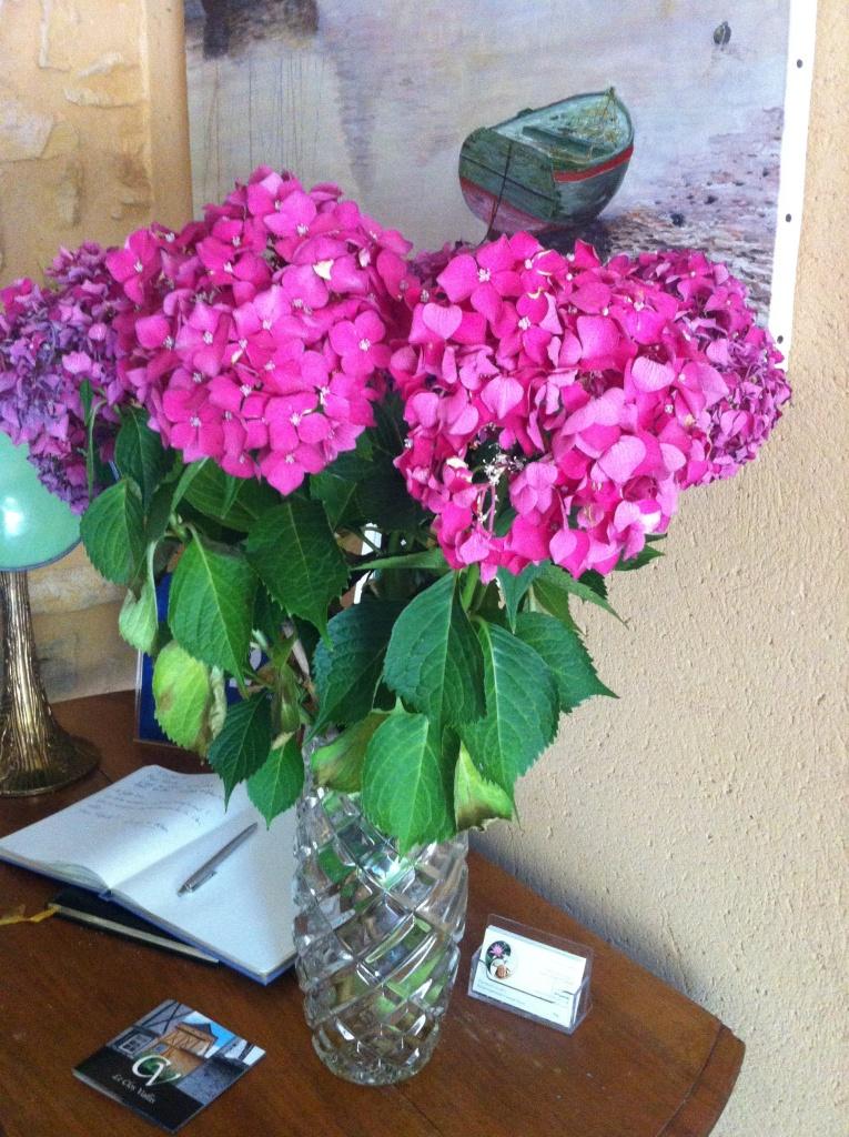 Bouquet d'hortensia à l'entrée