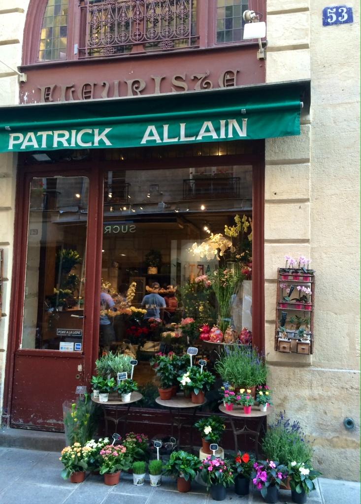 Fleuriste Patrick Allain, pittoresque, au 53 rue de l'Ile Saint Louis, Paris
