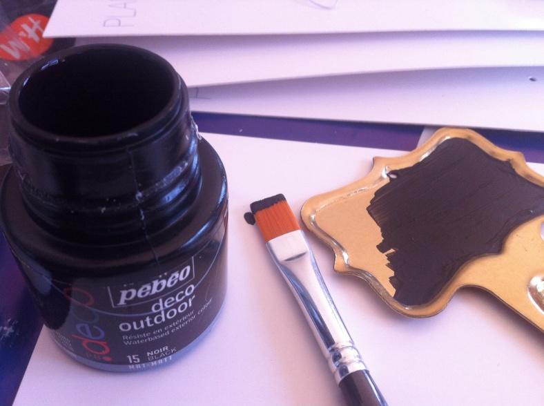 Peinture et pinceau chez Cultura